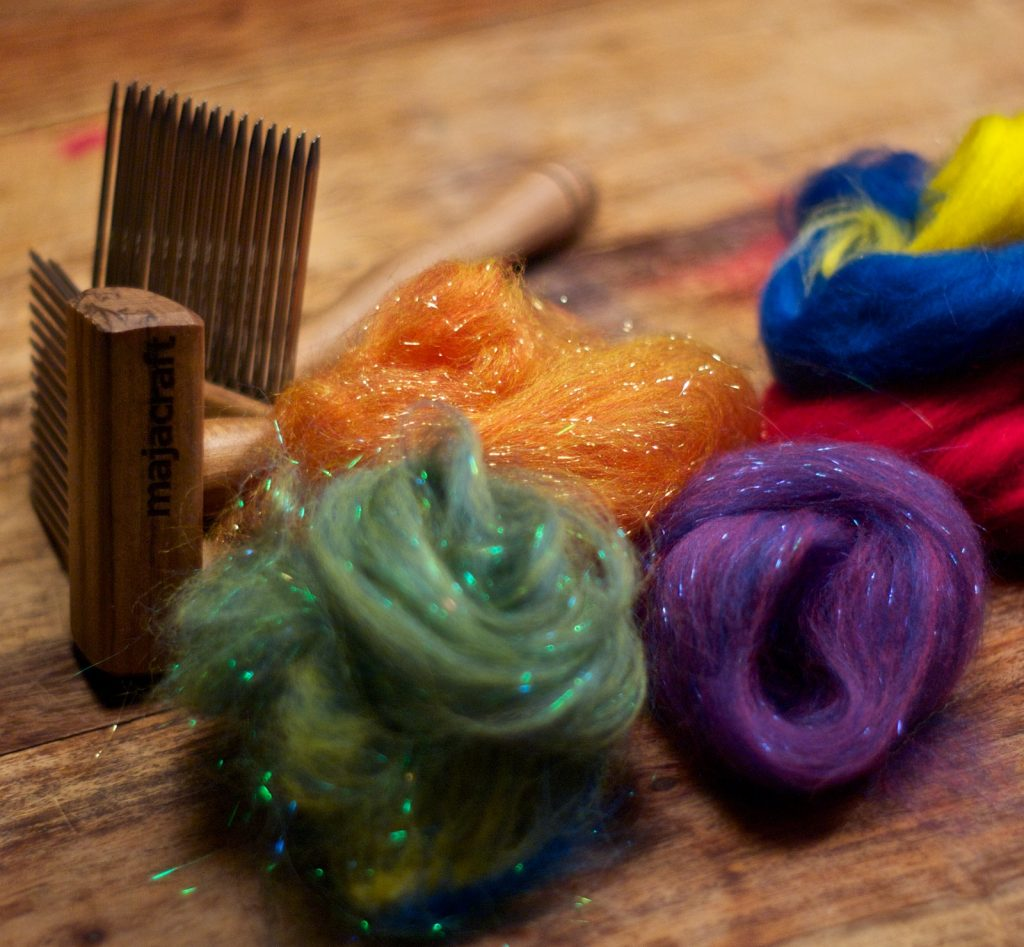 Dynamic Colour Blending: Combs and Hackle